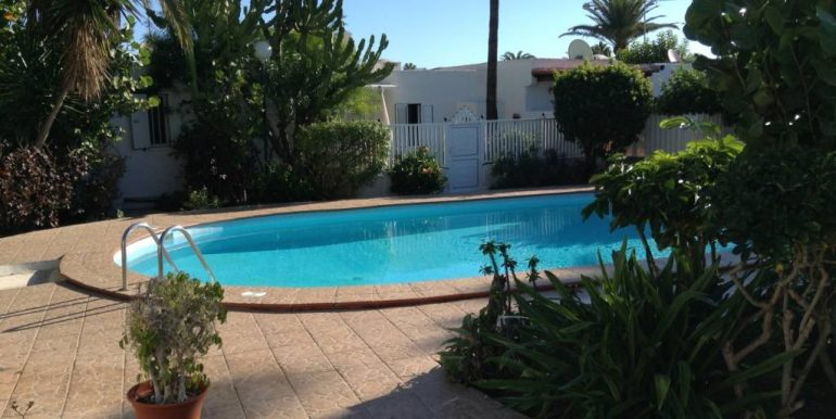 jg-pool-2016