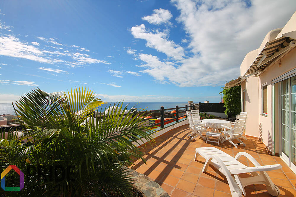 Detached house with fantastic sea views in San Agustín
