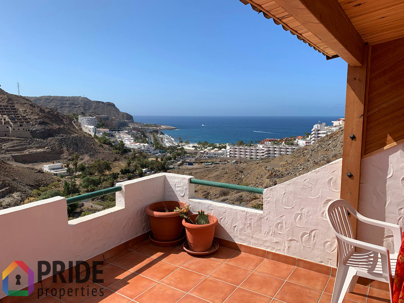 Playa del Cura: 2-bedroom apartment with big terrace and sea views