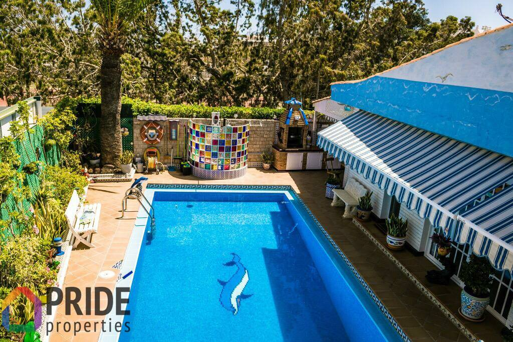 Playa del Ingles, centrally located fantastic indipendent villa