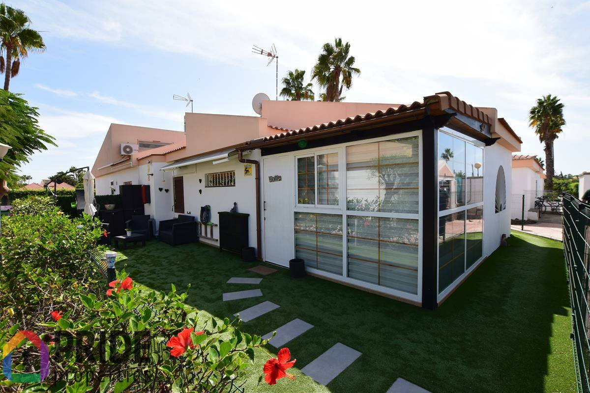 Campo Internacional, beautiful three bedrooms bungalow in a private complex