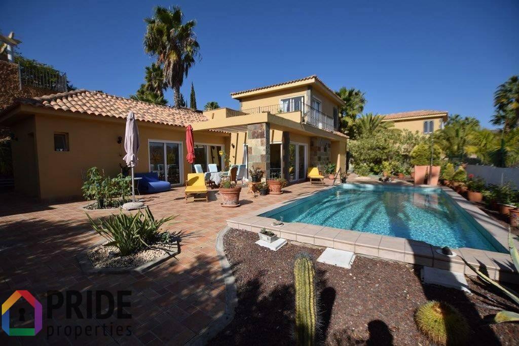 Monte Leon, exclusive villa with stunning views