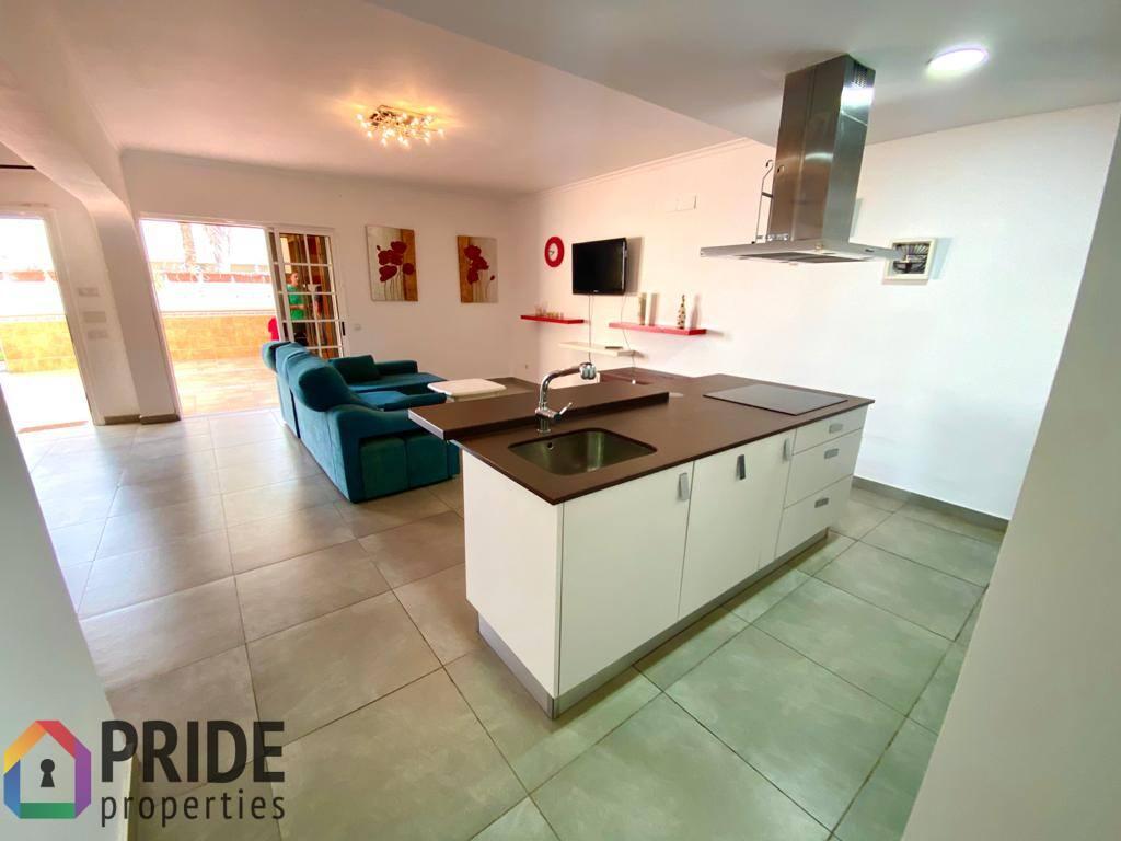 Spacious corner bungalow for long-term rent in Maspalomas