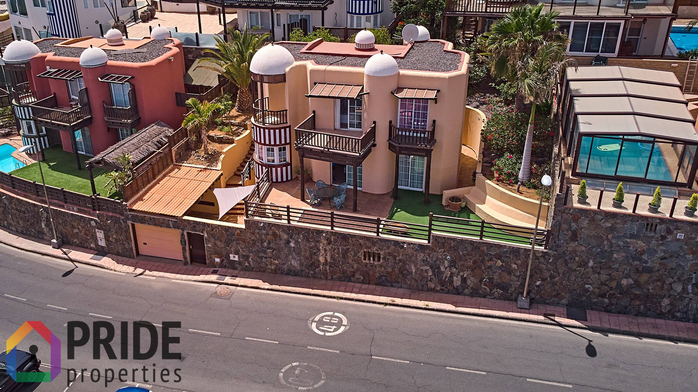 Beautifully Designed House in San Agustin